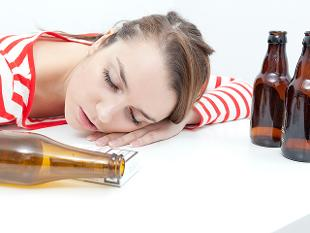 alcohol-girl_640x480_getty